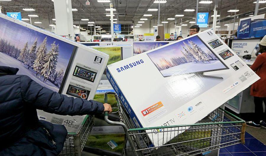 Los estadounidenses están ahorrando más de lo que gastan