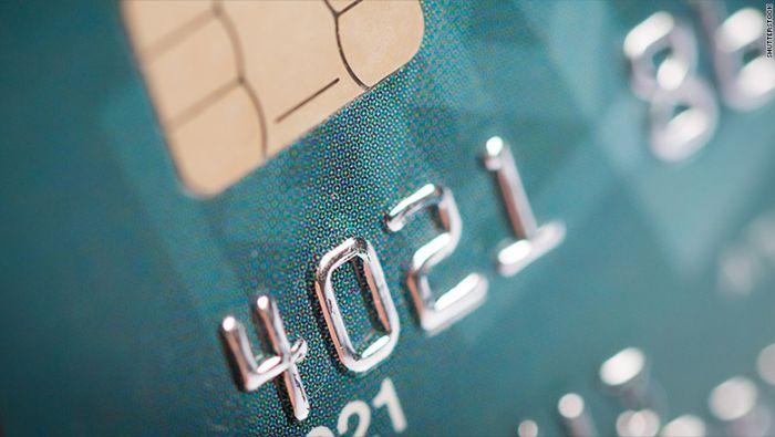 Estafan a clientes que quieren cambiar a tarjeta con chip en EE.UU.