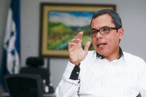 LA POBREZA Y EL DESEMPLEO SIGUEN AFECTANDO A LOS HONDUREÑOS: JULIO RAUDALES